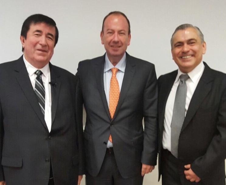 Jaime Durán Barba y Santiago Nieto, asesores principales del Presidente Macri de Argentina