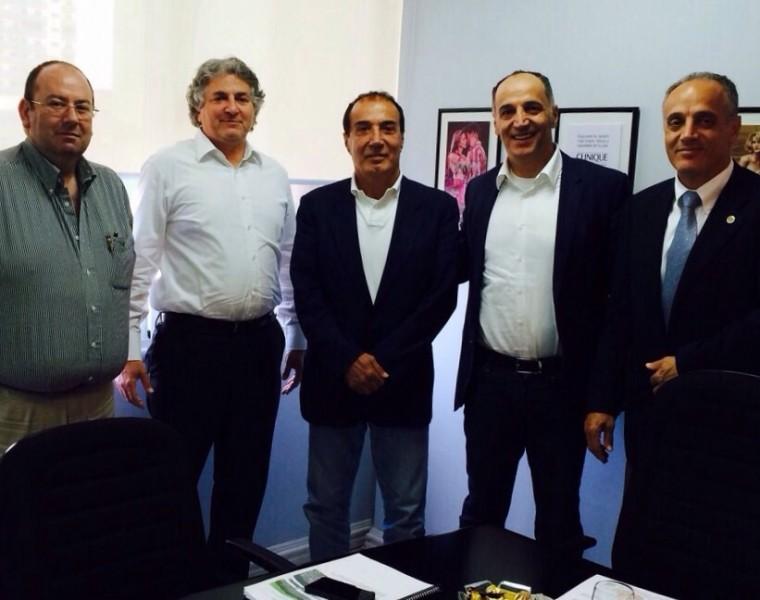 Emilio Cubas, Director de EAC Business Group, Simon Falic, Presidente del Grupo Falic y DTA, Faisal Hammoud, Presidente del Grupo Monalisa en compañia de los Hermanos Hammound